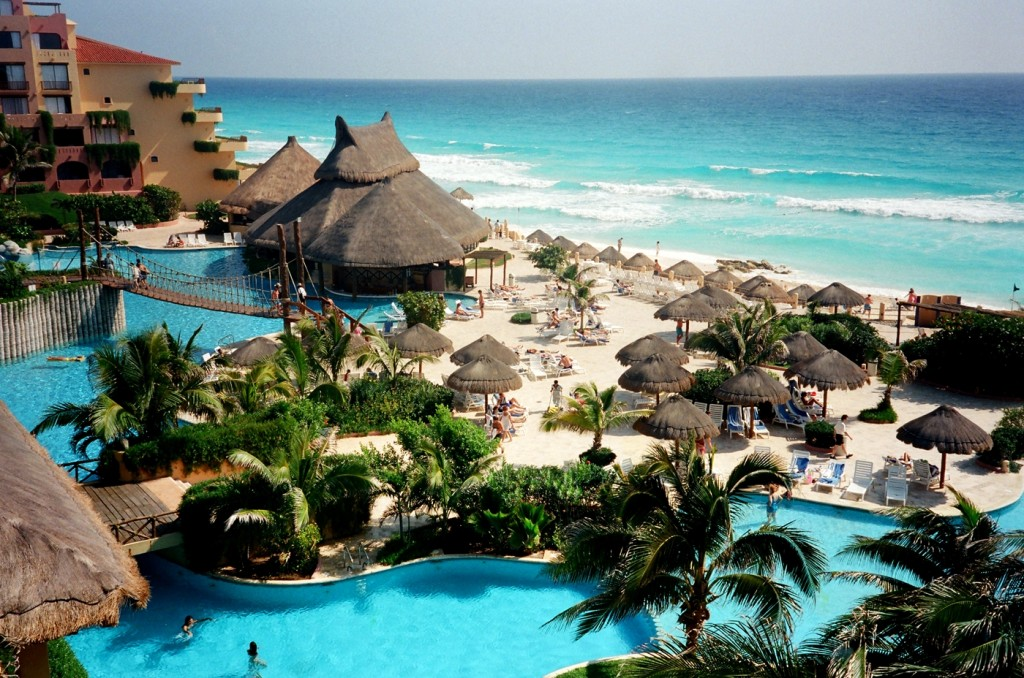 Cancun Mexico 1024x678 Top 10 Most Beautiful Places in the World